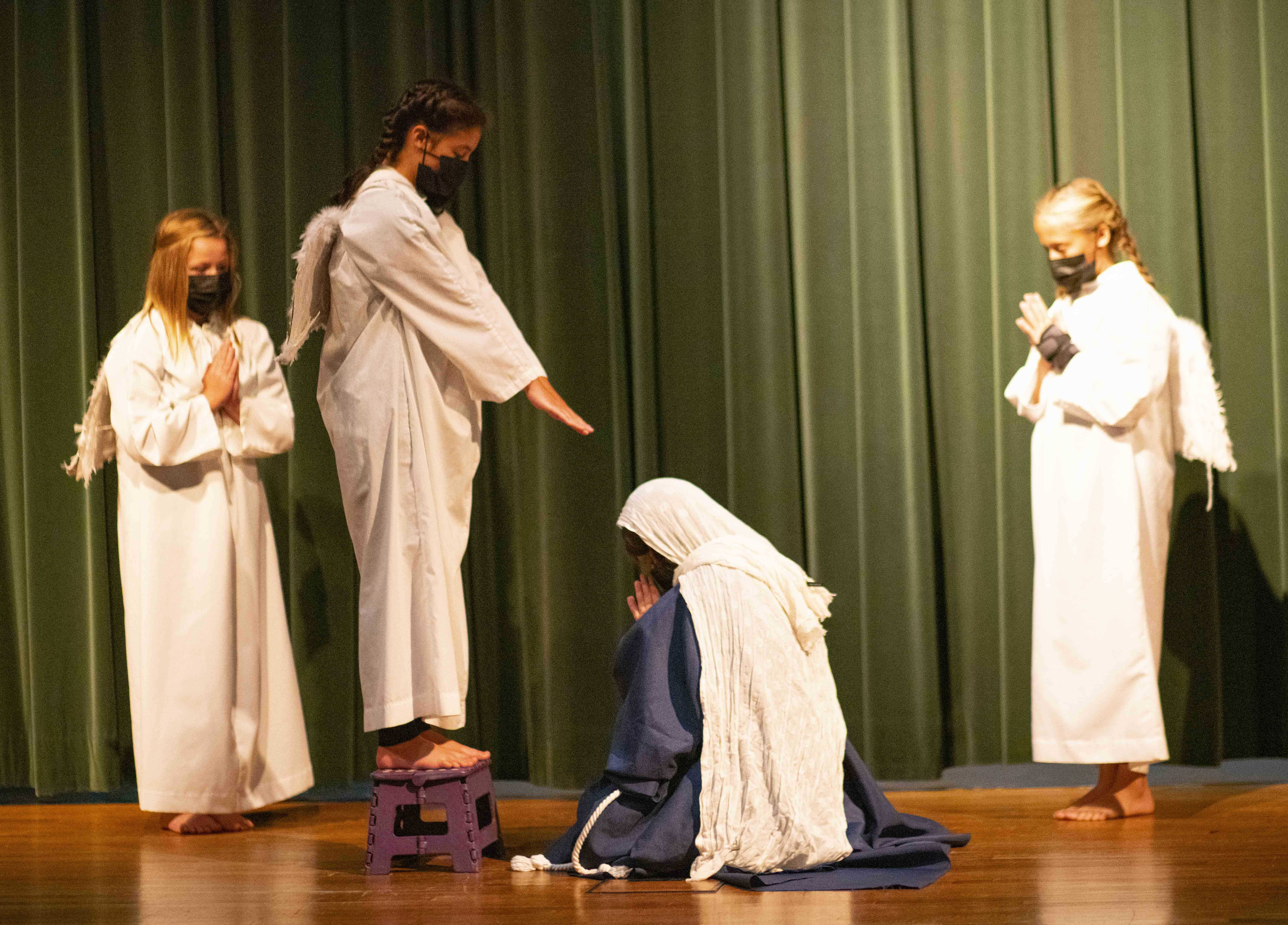 Students Lead Living Rosary